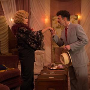 Still of Jessica Lange and Denis OHare in Amerikietiska siaubo istorija 2011