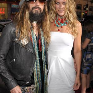 Sheri Moon Zombie and Rob Zombie at event of Halloween II (2009)