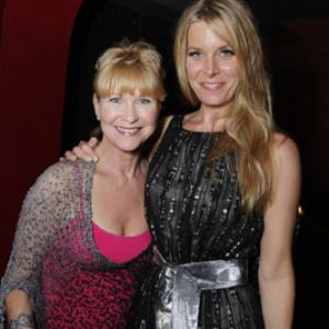 Sheri Moon Zombie and Dee Wallace at event of Halloween (2007)