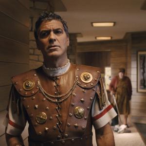 Still of George Clooney in Slove Cezariui! (2016)