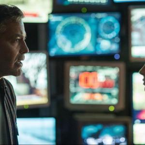 Still of George Clooney and Britt Robertson in Rytojaus zeme (2015)