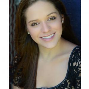 Headshot: Kelsey Lane (Young Adult)