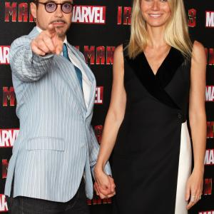 Robert Downey Jr. and Gwyneth Paltrow at event of Gelezinis zmogus 3 (2013)