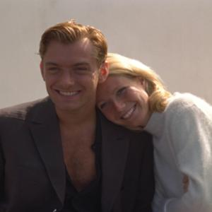 Still of Jude Law and Gwyneth Paltrow in The Talented Mr. Ripley (1999)