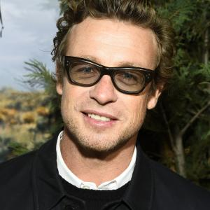 Simon Baker at event of Laukine (2014)