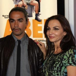 Luis Rosales and Elizabeth Guindi at evento of Abel