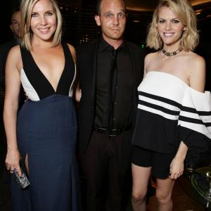 Ethan Embry, June Diane Raphael and Brooklyn Decker at event of Grace and Frankie (2015)