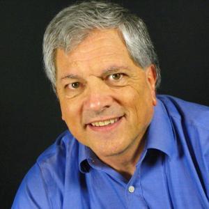 Bruce W Dyer